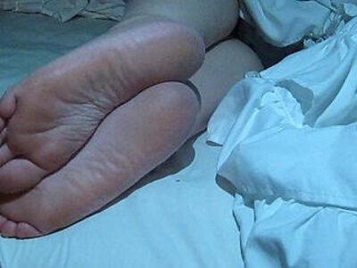 Cumming On Wifes Feet | -foot-footjob-wife-