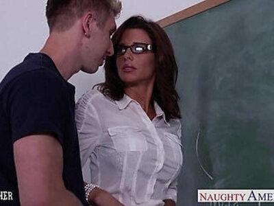 Stockinged sex teacher veronica avluv fuck in class | -classroom-old man-teacher-