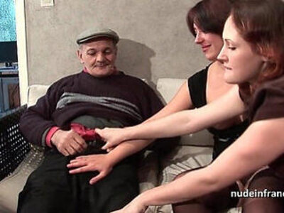 FFM Two french brunette sharing an old man cock of Papy Voyeur | -brunette-cock-ffm-french-old man-sharing-