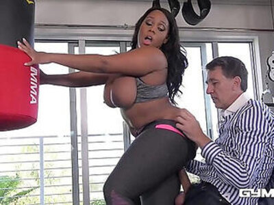 Gym whore Ms Yummy gets an Interracial Fitness Fuck | -fitness-interracial-whores-