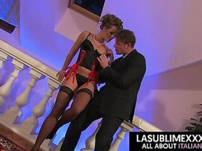 Cumshot pussy to mouth! Glamour threesome   -3some-cumshots-european-glamour-mouth-pussy-