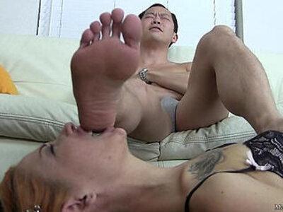Female worship male feet   -female-foot-worship-