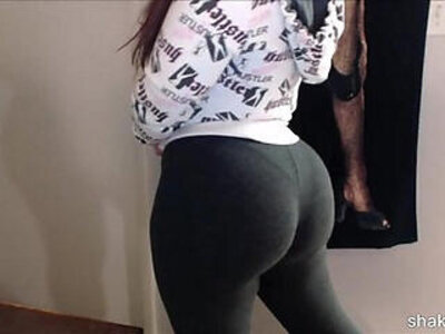 Latina beauty shakin her booty in spandex after working out the gym | -beauty-booty-fitness-latin-spandex-