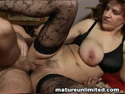 Milfs fuck party | -milf-party-