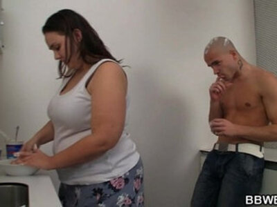 Fat chick and her dude play on camera with cream and fuck | -cams-chick-creampie-dude-fat-grandma-
