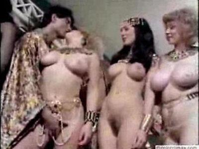 Retro Nudes   -blowjob-retro-