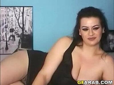 Busty Arab Cam Girl | -arab-busty-camgirl-