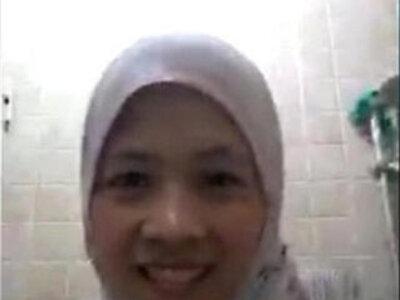 muslim lady on skype | -lady-muslim-