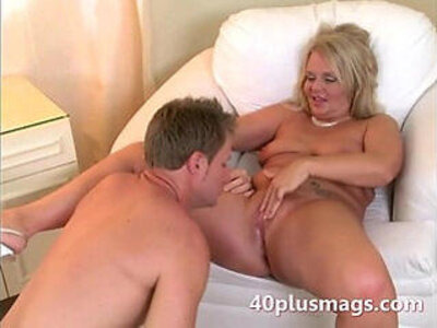 Plump blonde housewife with Charly | -blonde-cougar-housewife-plump-