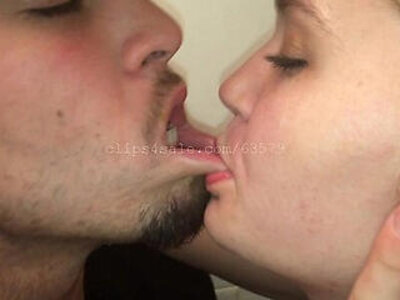 Kissing Video Preview   -french-kissing-