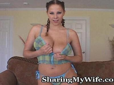 Stacked Babe Plugs Her Wet Pussy | -babe-vibrator-wet-