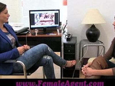 FemaleAgent Beautiful webcam model steals the show   -beautiful-model-webcam-woman-