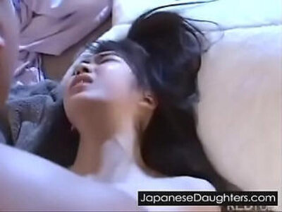 Japanese webcam babe is about to get gaped | -babe-daddy-japanese-webcam-