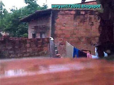Deshi girl shaving   -girl-toilet-