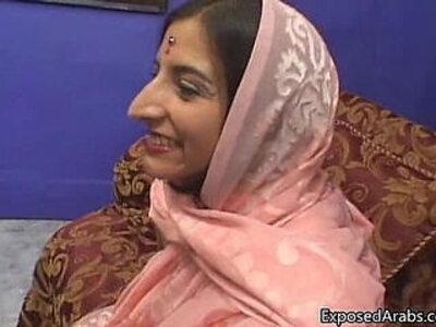 Arab princess gets her tight shaved | -arab-ethnic-princess-shaved-tight-