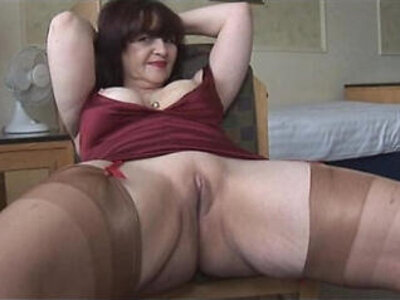 Big tits mature panty play and striptease | -big tits-granny-mature-panties-striptease-