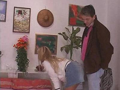 Godo solo con papa 2007 Italian porn | -italian-solo-