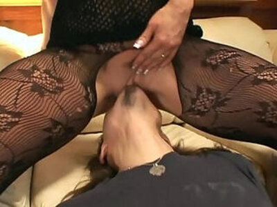 Pantyhose face sitting oral sex on a couch | -couch-facesitting-oral-pantyhose-